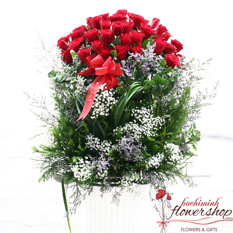 Love flowers free deliver to Hochiminh