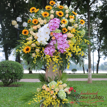 Send opening congratulation flowers to HCM