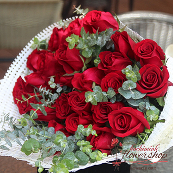 Birthday flowers free delivery in HCMC