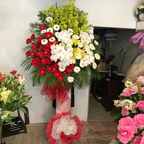 Flowers for opening in Binhthanh District