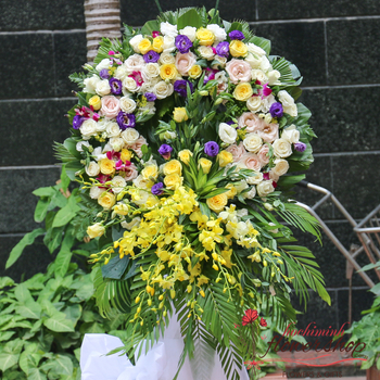 Hochiminh sympathy flowers delivery online