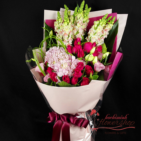 Hochiminh love flowers online free delivery
