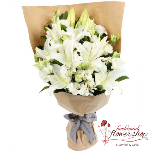 Bouquet white lilies and white lisianthus