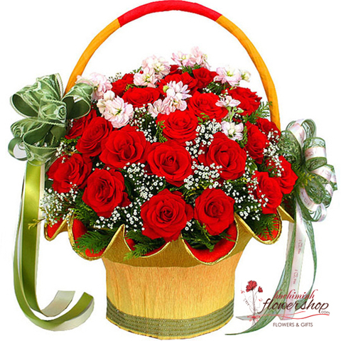 Red rose free delivery in District 10 Hochiminh city