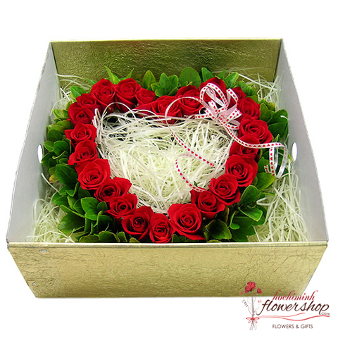 Hochiminh city heart flowers in box