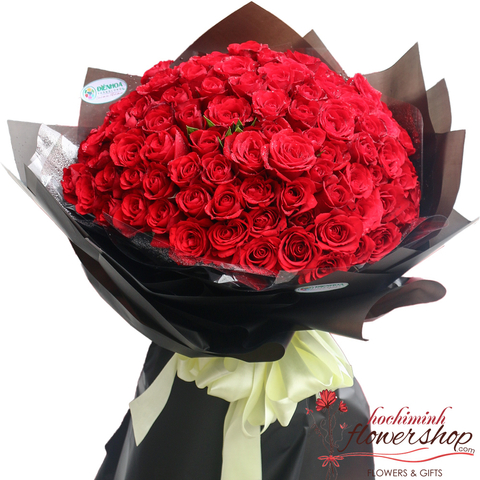 99 red roses bouquet in Hochiminh