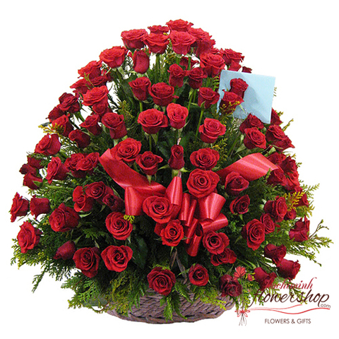 send 99 red roses basket to hochiminh
