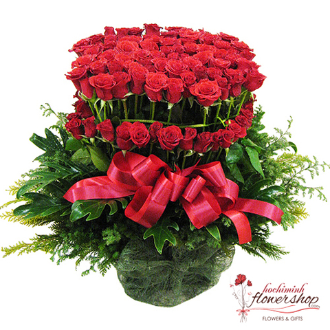 Buy Basket of 99 roses