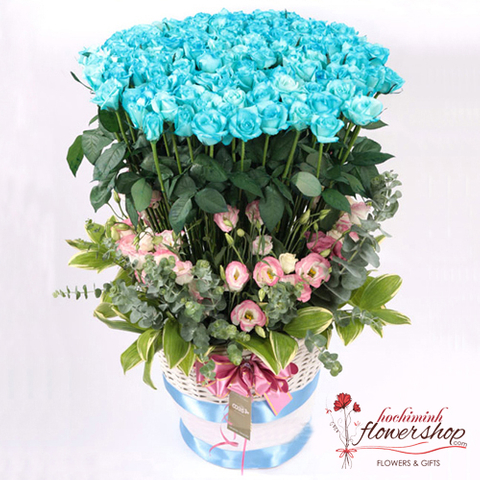 99 blue roses in Hochiminh city