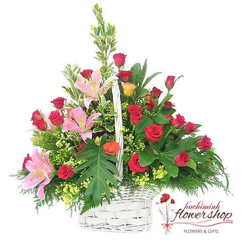 Red roses and pink lilies arrangement delivery samday