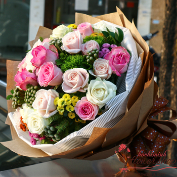 Bouquet flowers for delivery to Hochiminh