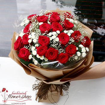 Red roses bouquet delivery to Hochiminh