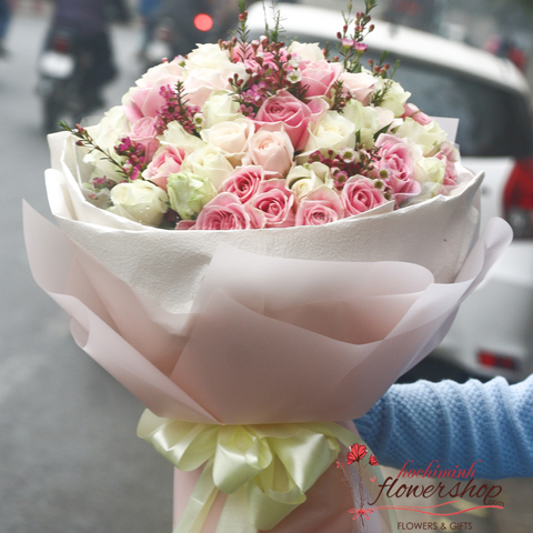 Roses bouquet free delivery Hochiminh