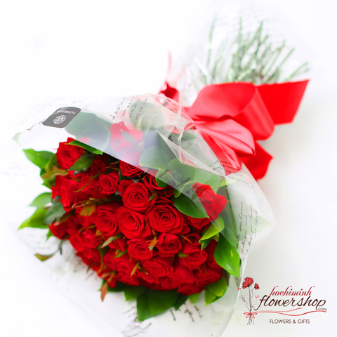 Red roses bouquet for Valentine's day