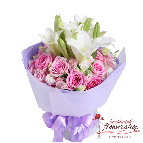 Beautiful pink and white flower bouquet