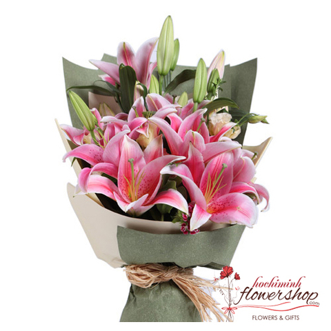 Pink lily bouquet in flower shop hochiminh