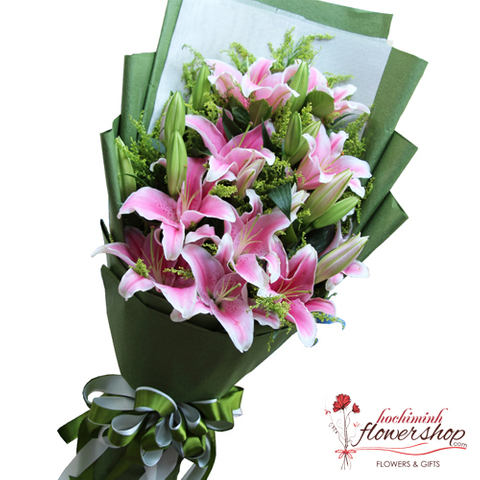 Pink lily flower arrangement Hochiminh city