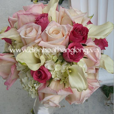 Wedding bouquet mixed flower beautiful