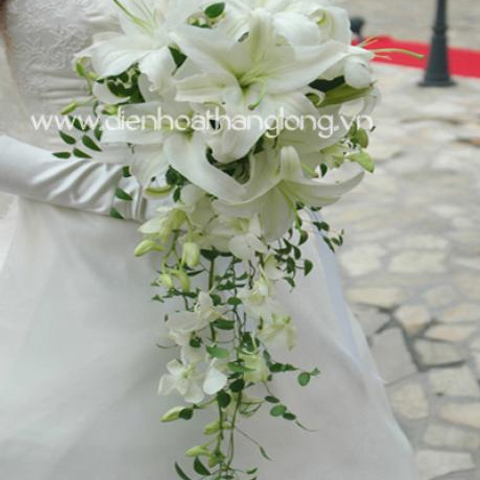 WEDDING BOUQUETS LILY WHITE