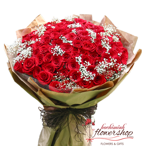 99 red roses with baby breath in Hochiminh