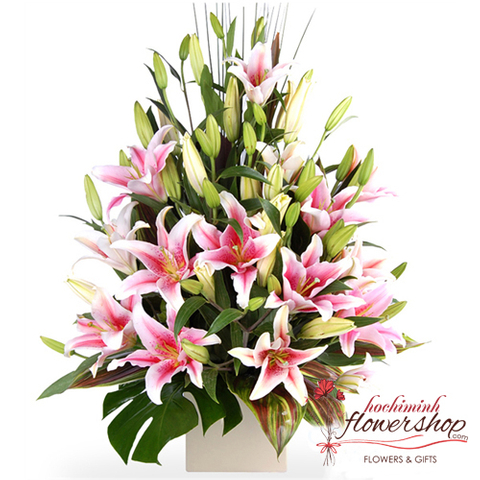 Pink lily flowers arrangement