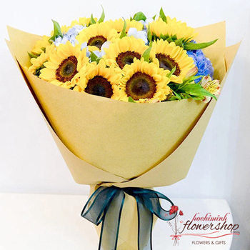 Sunflower birthday bouquet in Hochiminh city