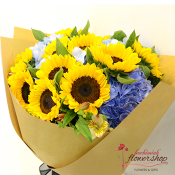 Sunflower birthday bouquet Hochiminh city