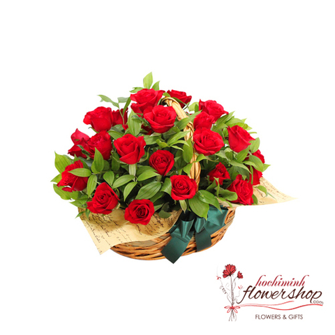 Romantic roses to girlfriend in HCM