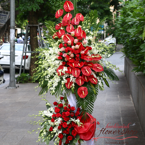Grand congratulation flowers in Hochiminh
