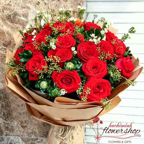 Beautiful bouquet of red roses in Hochiminh