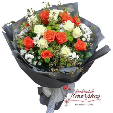Beautiful roses bouquet for sending to Hochiminh