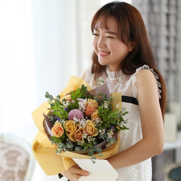 Send flowers to Ho Chi Minh Vietnam