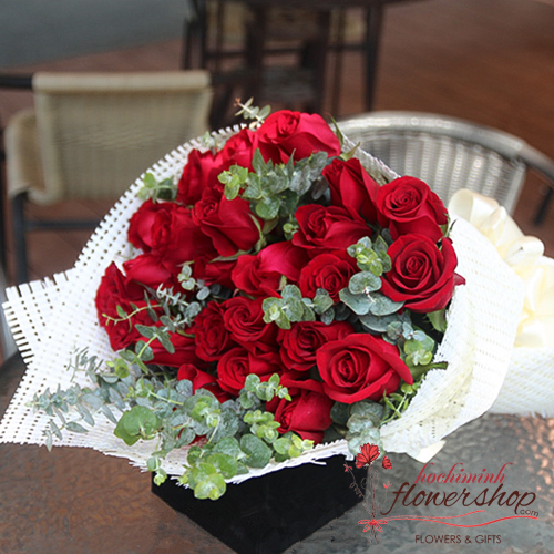 Birthday flowers free delivery hcm city