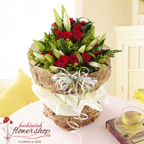 Birthday flowers home free delivery in HCM