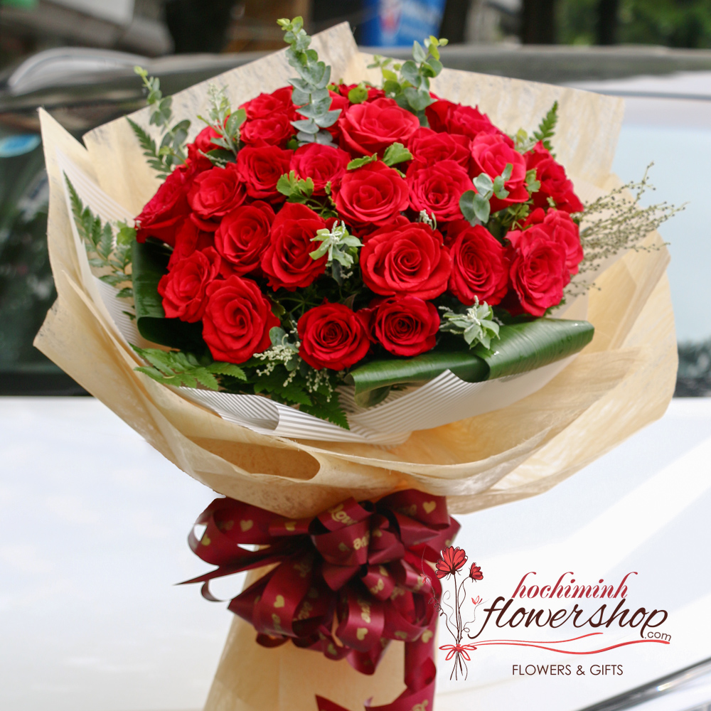 Buy red roses bouquet in HCM Vietnam