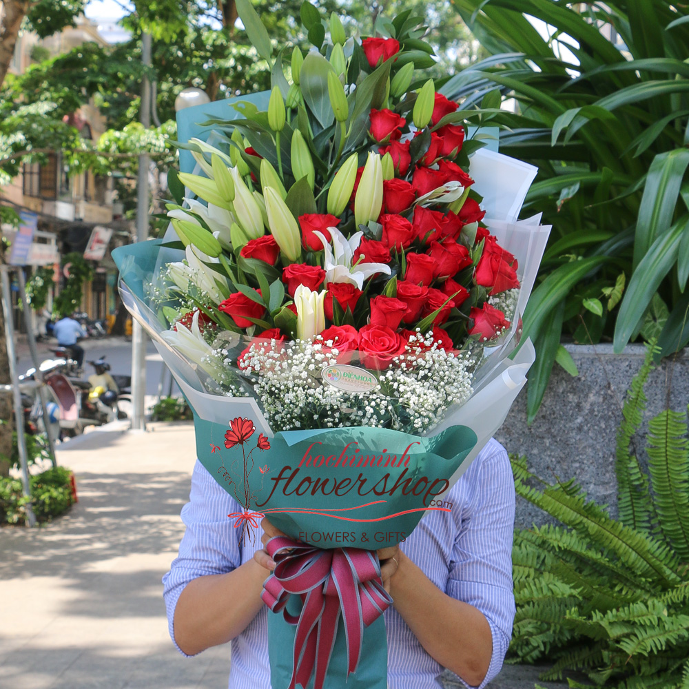 Birthday flowers in Hochiminh city